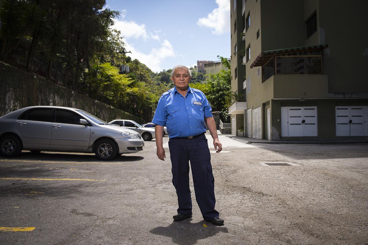 Bonilla - Oficial de Seguridad - Setenta y tantos